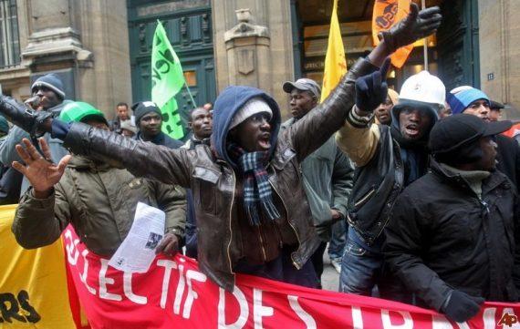 """Manifestation de travailleurs """"sans papiers"""""""